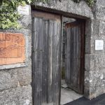 Porta-entrada-A-Calustra